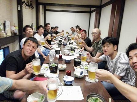 20190629懇親会乾杯.jpg
